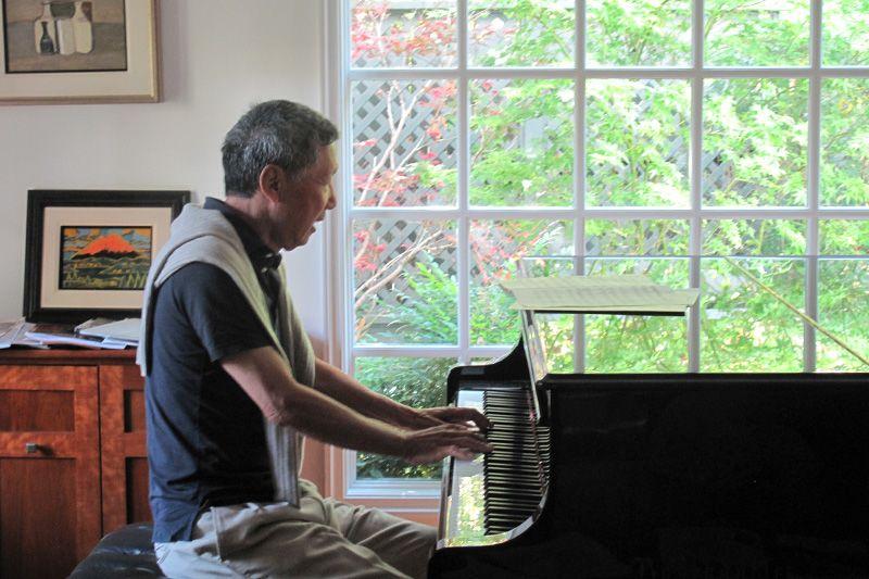 村井さんピアノ