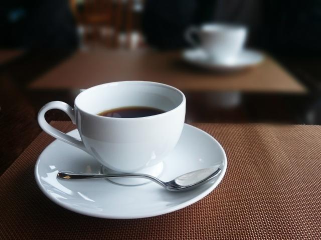 カフェでコーヒーをイートインしたら10%の消費税
