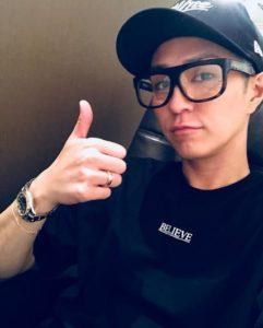 AAA浦田直也黒縁メガネでオフスタイル
