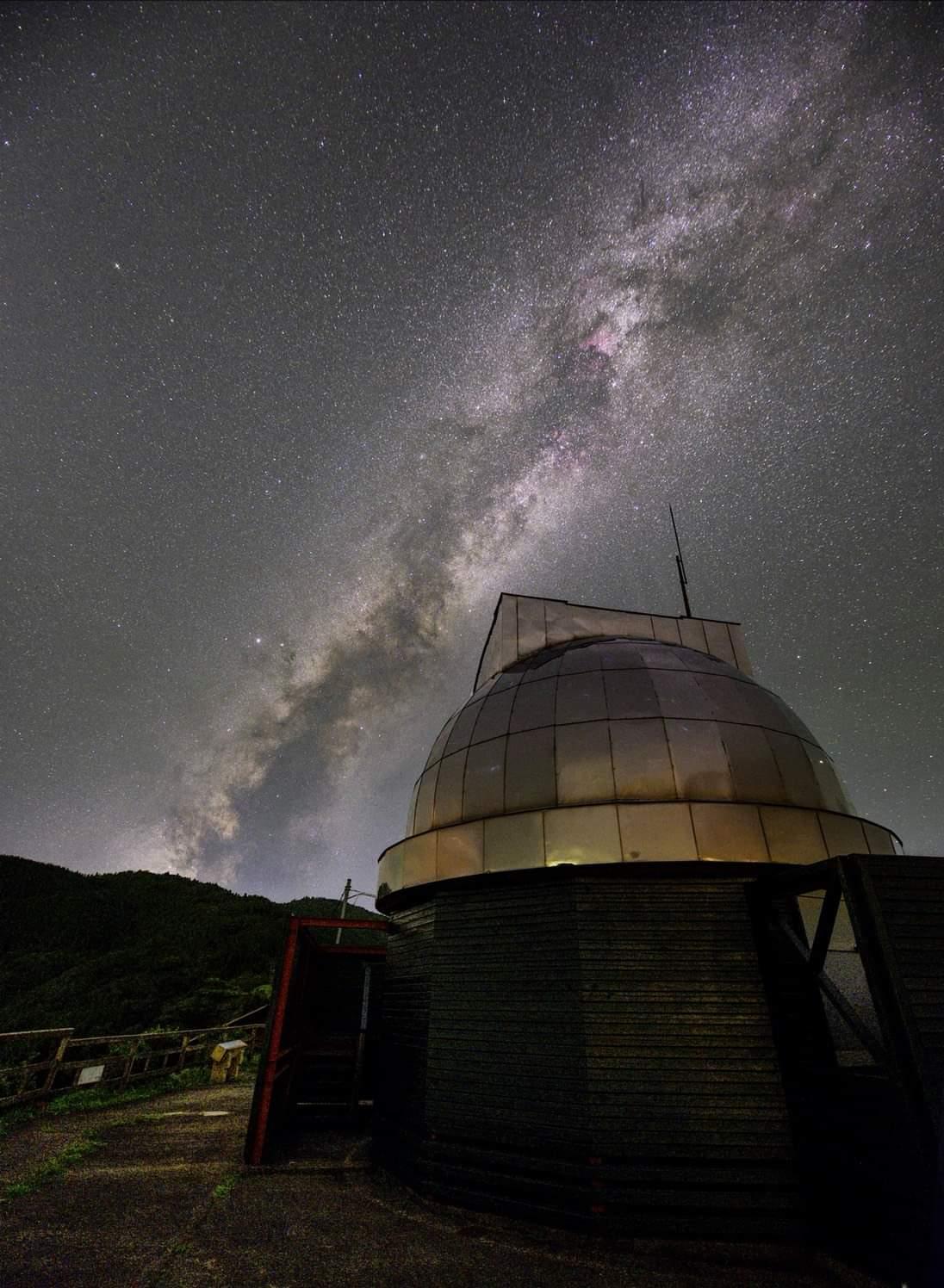 中小屋天文台昴ドームから天の川が肉眼でもはっきり見える