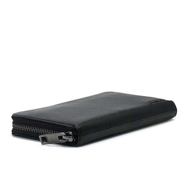 ディーゼルの黒の長財布が大野くんと似ている
