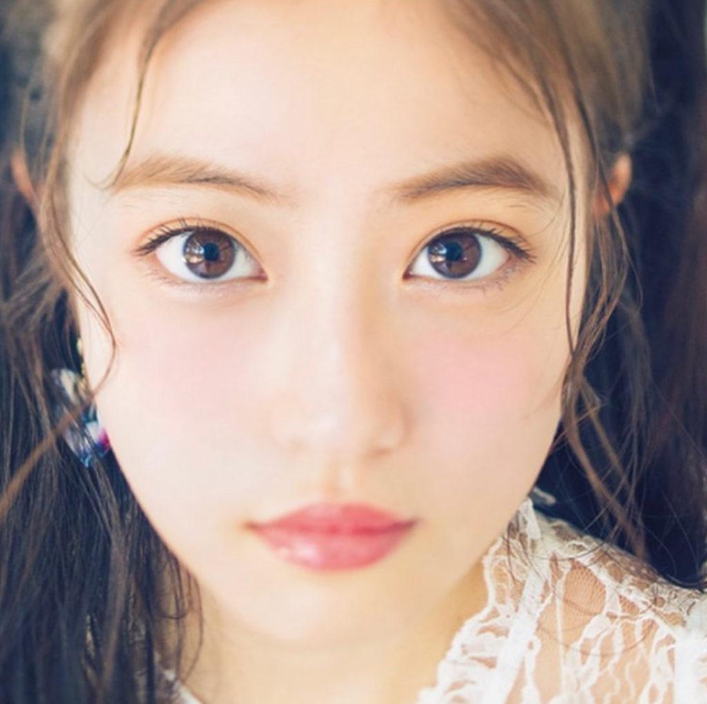 今田美桜の眉毛が変なのにかわいいのはどうして?美女の条件は?