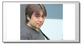 ローランド様の父親は有名なアニソンのギタリストの松尾洋一